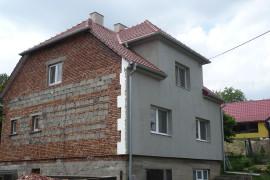 Rekonstrukce střechy, fasády a komínů RD Polešovice